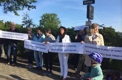 Demo gegen Vicinalweg-Öffnung