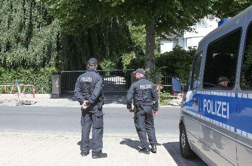 Berliner Polizisten feiern wild – und müssen heim