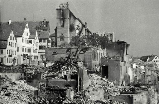 Von Bomben schwer getroffen