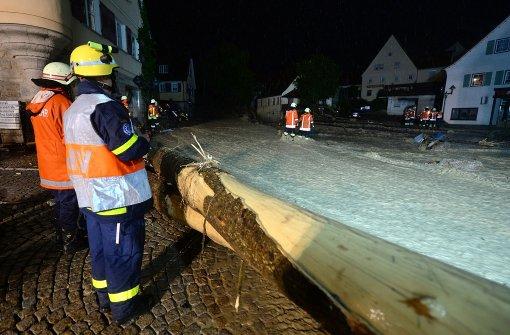 Die Wassermassen, die in der Nacht zum Montag über Baden-Württemberg niedergegangen sind, haben besonders schlimm in Braunsbach gewütet. Foto: dpa