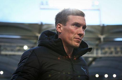Hannes Wolf und das VfB-Trainerteam müssen in den kommenden Tagen auf einige Spieler verzichten. Foto: Bongarts