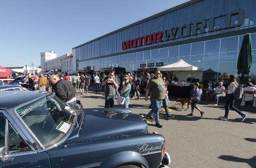 Tausende strömten auf das Gelände der Motorworld. Foto: factum/Bach