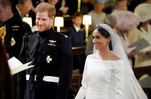 "Meghan Markle überrascht in ""Givenchy"""