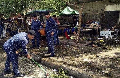 Selbstmordattentäter reißt 18 Menschen in den Tod