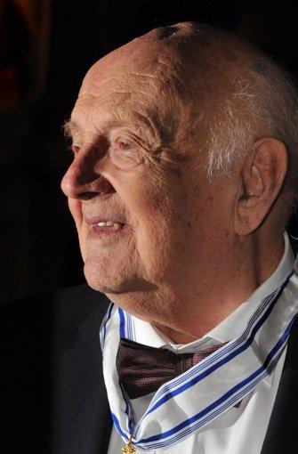 Der Kinderbuchautor Otfried Preußler ist tot. Er starb am Montag in Prien am Chiemsee im Alter von 89 Jahren. Foto: dpa