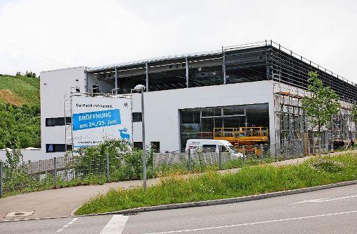 Fast 25000 Quadratmeter Bruttofläche  wird das neue Autohaus haben. Knapp 200 Mitarbeiter sollen dort insgesamt beschäftig werden. Foto: Nele Günther
