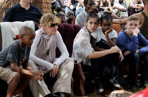 Madonna stellt Adoptionsantrag