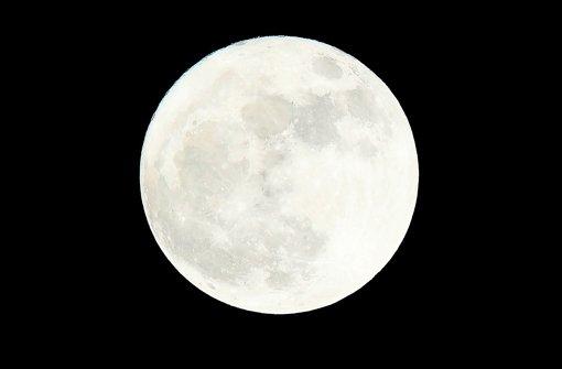 Mond leuchtet heller als sonst