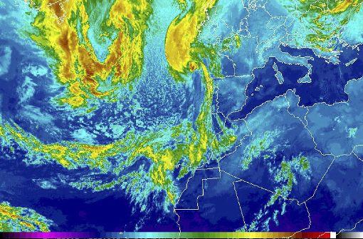 Irland erwartet heftigsten Sturm seit 50 Jahren