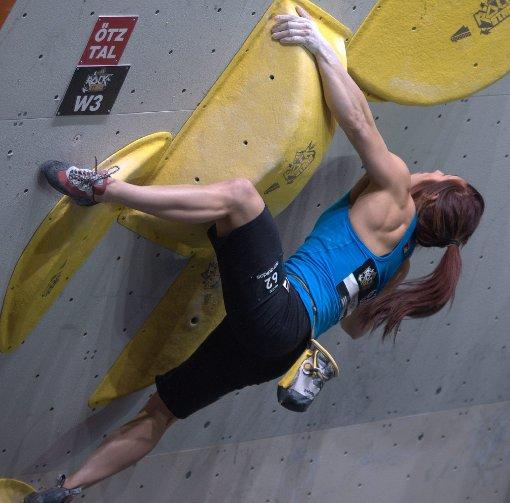 Klettern ohne Seil in der Porsche-Arena