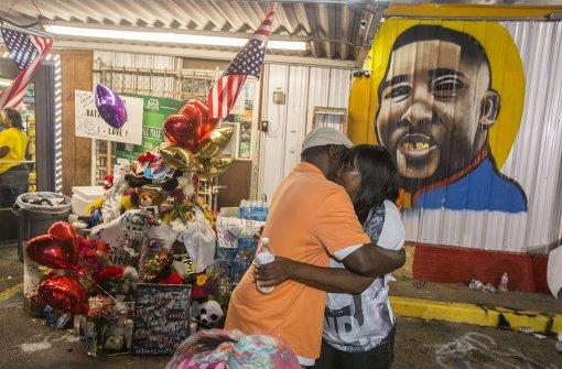 Ermittlungen nach dem Tod zweier Schwarzer
