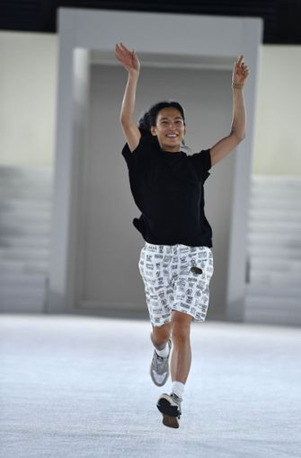 Der Taiwanisch-Amerikanische Mode-Designer Alexander Wang entwarf die Kollektion. Foto: AFP