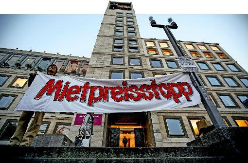 Demonstgration gegen steigende Mieten Foto: Lichtgut/Leif Piechowski