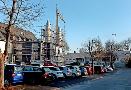 Im Anbau des ehemaligen Firmengebäudes wird die Moschee eingerichtet. Vieles  haben Ehrenamtliche seit mehr als einem Jahr in  Eigenarbeit erledigt. Foto: factum/Granville