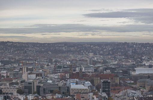 Trübe Stimmung mit viel Staub in der Luft: Die Grenzwerte bleiben in Stuttgart übeschritten. Foto: Lichtgut/Leif Piechowski