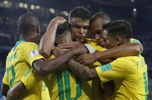 Starke Brasilianer erreichen locker das Achtelfinale