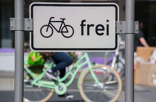 Fahrradfahrer rastet aus - Zeugen gesucht