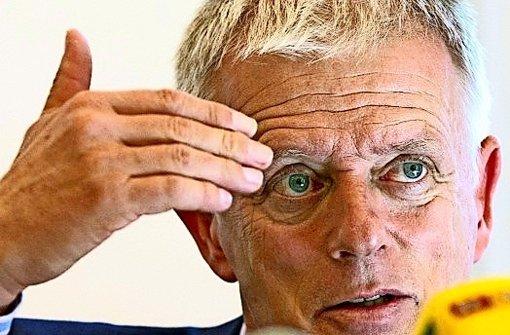 Stuttgarts Kulturszene gegen Kuhn