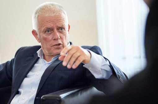 Stuttgarts Oberbürgermeister Fritz Kuhn (Grüne) hat am Donnerstag mehr Tempo beim Bau von Stuttgart 21 gefordert.  Foto: dpa