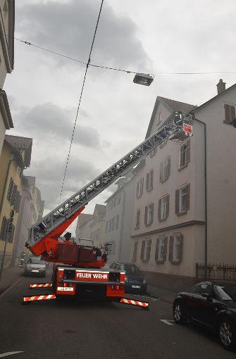 Unbekannte hatten eine Matratze im Keller angezündet. Foto: Andreas Rosar Fotoagentur-Stuttgart