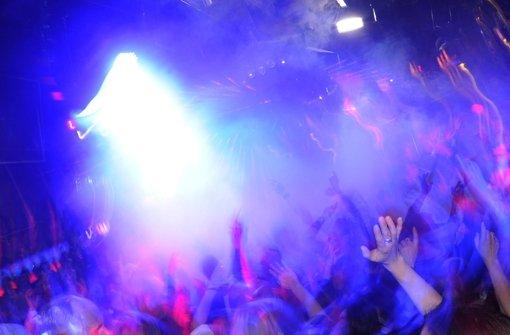 Flüchtlinge dürfen in Stuttgarter Discotheken mitfeiern Foto: dpa