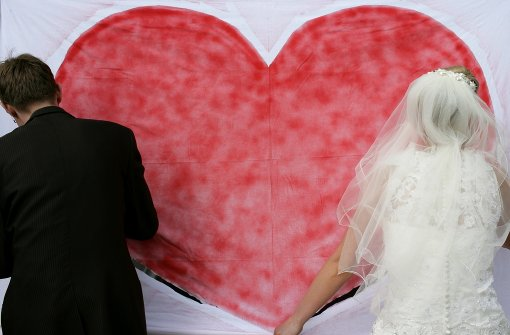 Brautpaar nach Party dreist bestohlen