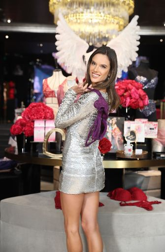 Alessandra Ambrosio gehört seit 2008 zu der Riege der Victoria´s Secret Models. Foto: Getty Images