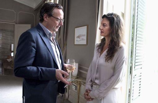 Vom Wiedersehen mit seiner Ex Silvia (Catrin Striebeck) verspricht sich Gustav (Matthias Brandt) einiges. Foto: HR
