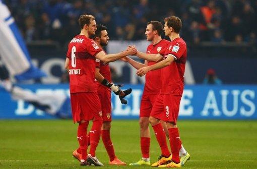 Die Innenverteidiger Georg Niedermeier (links) und Daniel Schwaab (rechts) sollen ihre Verträge beim VfB Stuttgart verlängern. Foto: Bongarts