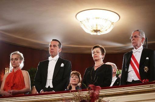 Wiener Opernball beginnt mit Trauerminute