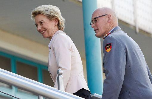Uni hängt Helmut Schmidt ab