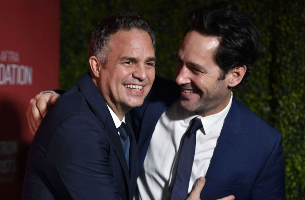 "Mark Ruffalo und Paul Rodd bei den diesjährigen  ""Patron of the Artists Awards"". Foto: AFP/Frazer Harrison"