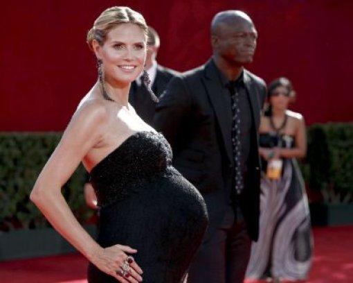 Heidi Klum entwirft Umstandsmode