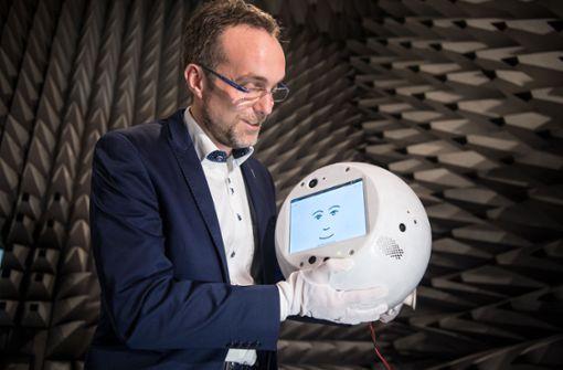 "Kleiner Roboter ""Cimon"" soll Astronaut Alexander Gerst helfen"
