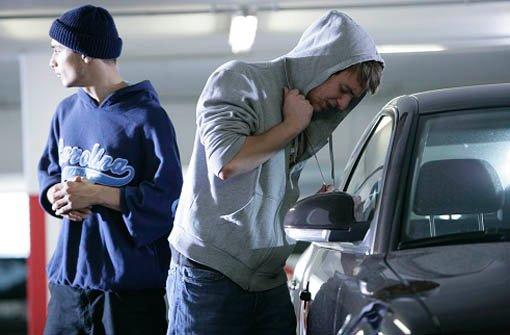 Im Internet kursieren E-Mails zu einer neuen Autodiebstahlmasche. Dabei handelt es sich laut Polizei um Falschmeldungen. Foto: www.polizei-beratung.de/Symbolbild