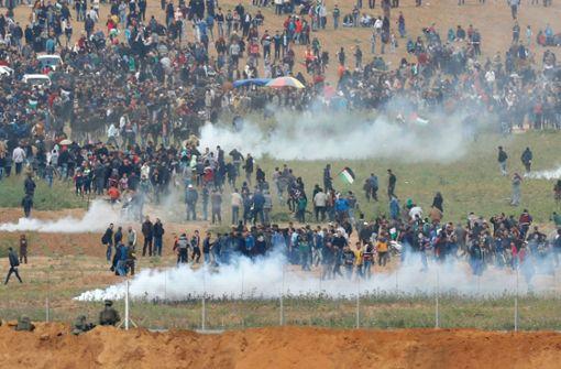 Mehrere Tote und Hunderte Verletzte bei Zusammenstößen