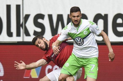 Der VfB Stuttgart gastiert am Samstagnachmittag beim VfL Wolfsburg. Hier gibt es den Liveticker. Foto: Bongarts