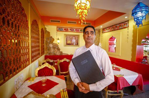 Sangam in Sindelfingen – Nach wechselhaften Pächtern im Zentrum von Sindelfingen versucht nun ein Inder sein Glück. Unserem Tester haben die indischen Spezialitäten gut gefallen, einzig die Speisekarte ist ein wenig zu lang geraten. a href=https://mahlzeit.city/restauranttest/restauranttest-sangam-in-sindelfingen/4271/ target=_blankHier geht es zum Test/a. Foto: factum/Granville