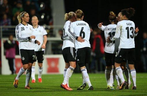 DFB-Frauen besiegen Kroatien 4:0