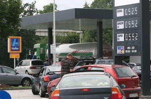 Aldi will Discount-Tankstellen anbieten