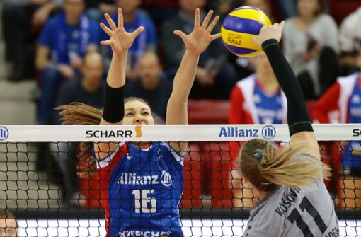 Michaela Mlejnkova und ihre Teamkameradinnen vom Volleyball-Bundesligisten Allianz MTV Stuttgart wollen die Tabellenführung am Wochenende verteidigen. Foto: Baumann