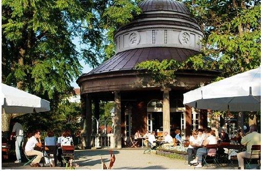 Klar auf Platz eins im Romantik-Ranking von Stuttgart: das Teehaus im Weißenburgpark Foto: Piechowski