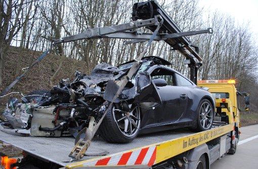 Bei einem schweren Unfall am Autobahndreieck Karlsruhe kam ein Kind ums Leben Foto: www.7aktuell.de |