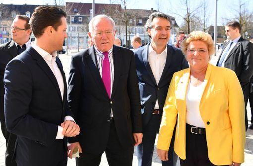 """Unionsinterne Merkel-Kritiker beschließen """"konservatives Manifest"""""""