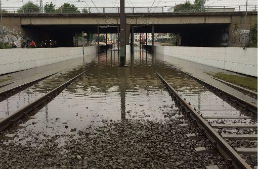 Auswirkungen auf Bahnverkehr halten an