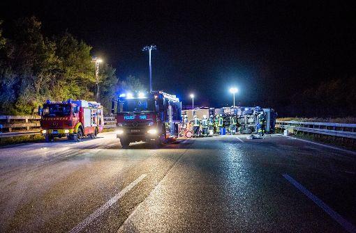 ...zwischen der Anschlussstelle Ludwigsburg-Süd und Ludwigsburg-Nord ein Unfall. Foto: 7aktuell.de/Karsten Schmalz