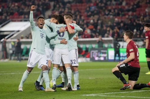 FC Bayern siegt klar – Gomez dreht Partie für den VfB