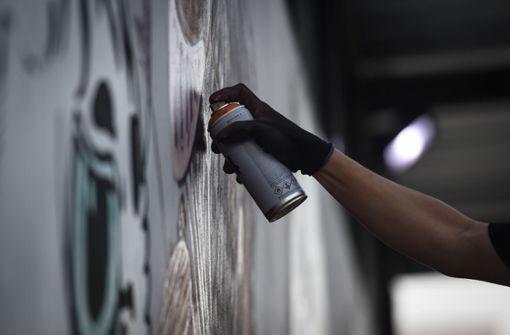 Wie die Stadt illegale Graffiti loswird