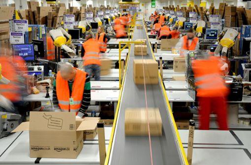 Das Versandzentrum von Amazon in Pforzheim ist an seiner Kapazitätsgrenze angelangt. Foto: dpa