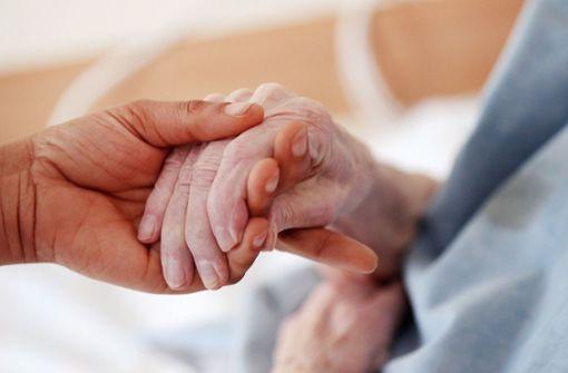 Jüngere Menschen sorgen sich wegen Pflegebedürftigkeit